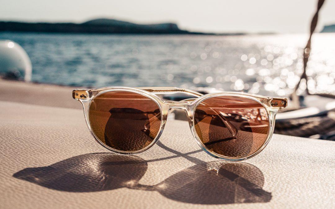 Waarom goedkope zonnebrillen niet goed zijn